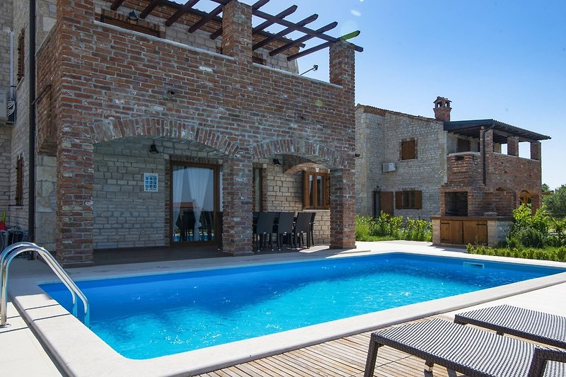 Villa Harmony mit eigenem Pool