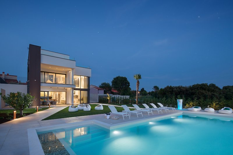 PS Deluxe Villa with sea view and Jacuzzi