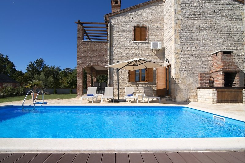 Villa Paradis 13 mit eigenem Pool