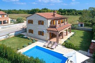 Villa Zoe mit eigenem Pool