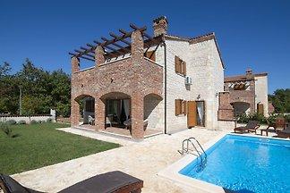 Villa Paradis 12 mit eigenem Pool