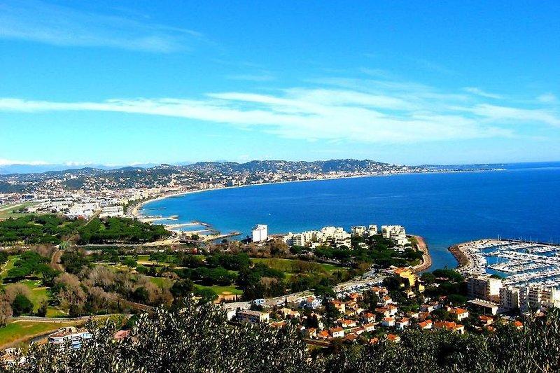Bucht von Cannes (Blick aus der Wohnung)