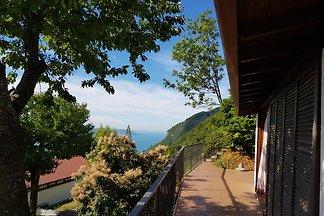 Italian wine bungalow Sunclass