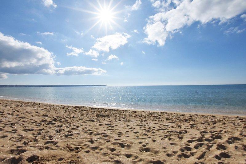 Vistas de la playa cercana