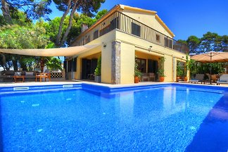 Villa Oblada 30m from the SEA