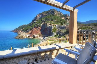 SEA VIEWS Cala Estellencs House
