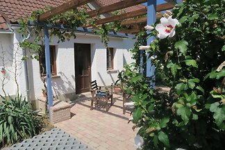 Lovingly renovated old cottage in the Őrség National Park. 2 bedroos, 4 beds, bathroom with shower, kitchenette.