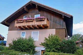 Unser *****Ferienhaus und *****Ferienwohnung haben alle erdenklichen Extras, inmitten des Nationalparkes Bayerischer Wald.  2x 80 m² und 1x 120 m², Balkon oder Terrasse.