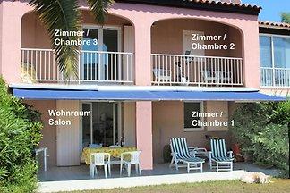 4 Zimmer-Ferienhaus mit Pool+Garten