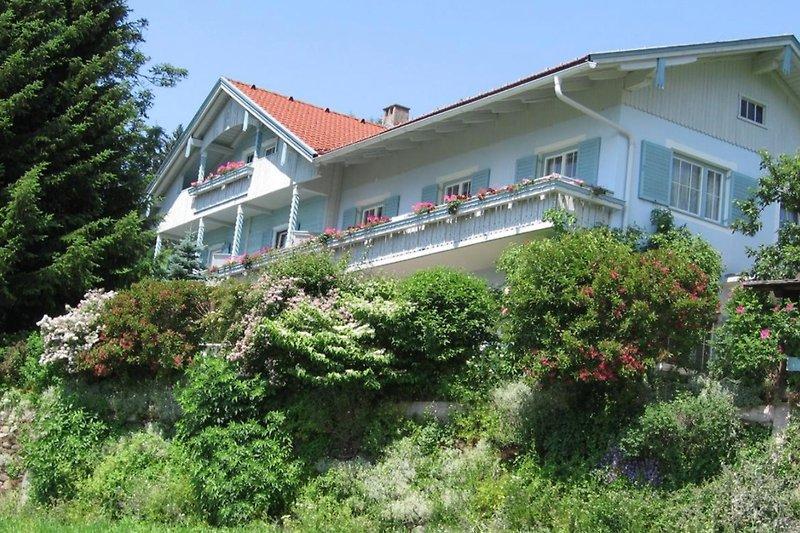 Das Naturkräuterhaus Eder auf 1.100 Meter Seehöhe