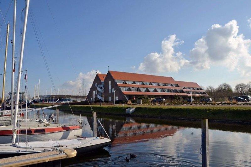 Bruinisse Harbour Apartments
