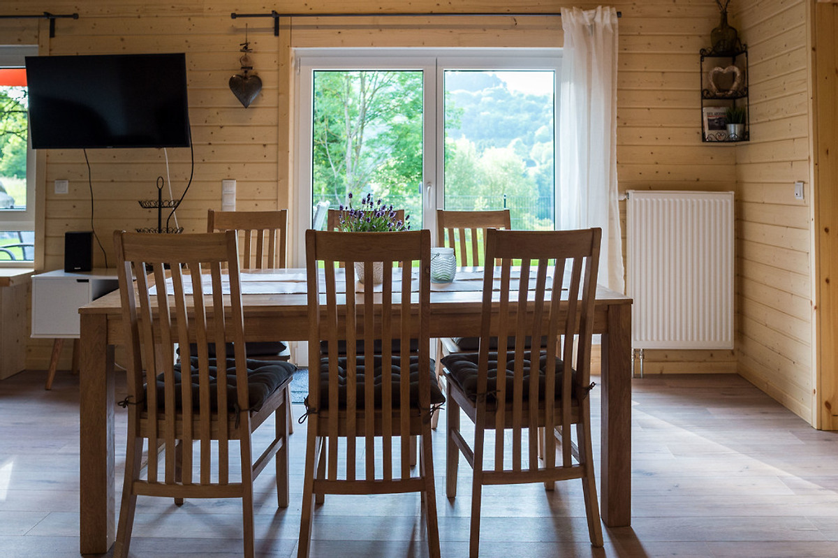 Bosch Kühlschrank Nass : Haus immenhof eifelterrasse in rieden firma eifel und see herr