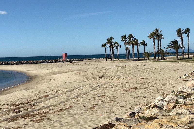 Strand 100m entfernt