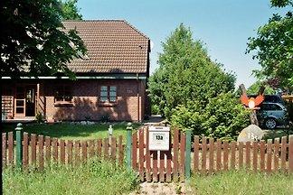 Urlaub mit der ganzen Familie? Wir bieten ein modern, freundlich und großzügig eingerichtetes Ferienhaus für alle Familienmitglieder!