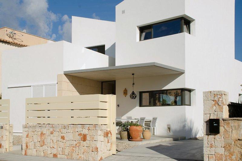 Casa Dia y Noche, die Fassade