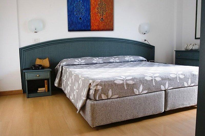 Doppelbettzimmer (Wohnbeispiel)
