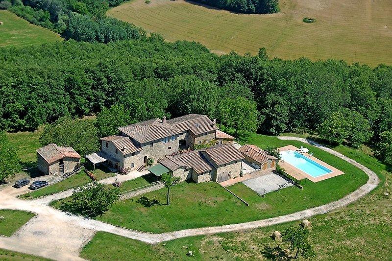 Luftaufnahme des Landhauses