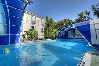 Ferienzimmer /Ferienzimmer mit Pool für 3
