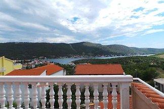Ferienwohnung mit grosser Terrasse mit