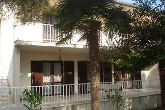 Ferienwohnung mit 30 qm Terrasse