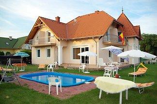 Ferienwohnung in Strandnähe und mit Pool