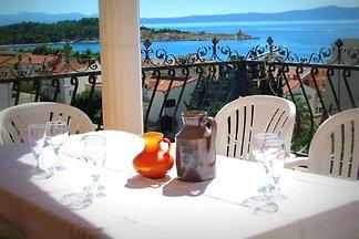 Ferienwohnung mit Klimaanlage, Balkon und