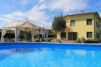 Holiday home relaxing holiday Lucca