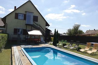 Ferienwohnung in Balatonnähe mit Pool und