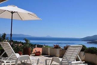 Ferienwohnung Terrasse mit Blick aufs Meer