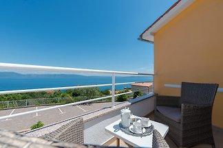 Ferienwohnung mit 3 Terrassen und Meerblick