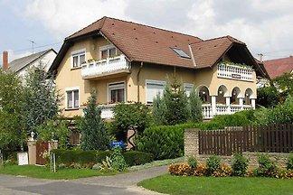 Ferienhaus con balcone