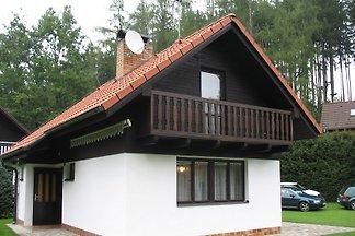 Ferienhaus mit Kamin und Parkplatz