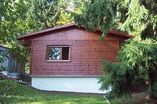 Ferienhaus mit Garten am Wald