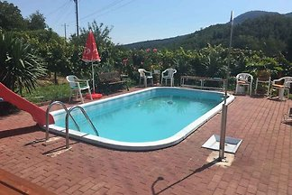 Ferienhaus mit Pool und Internetmöglichkeit