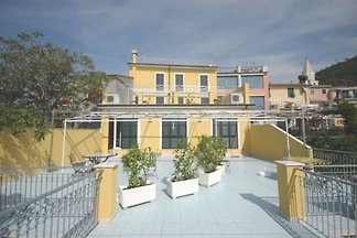 Holiday flat family holiday Moneglia
