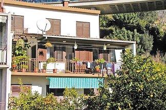 Ferienwohnung mit Balkon und Klimaanlage