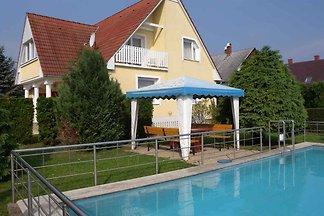 Ferienwohnung mit Pavillon und Pool