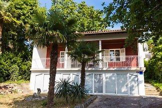 Ferienhaus mit Terrasse und Grillmöglichkeit
