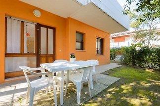Ferienwohnung mit Balkon oder Terrasse, nur 8