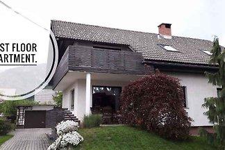 Appartamento Vacanza con famiglia Zirovnica