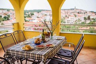 Ferienwohnung mit Terrasse und Meerblick 50 m