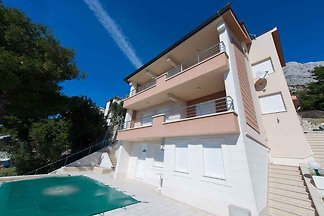 Ferienwohnung mit Klimaanlage und Pool