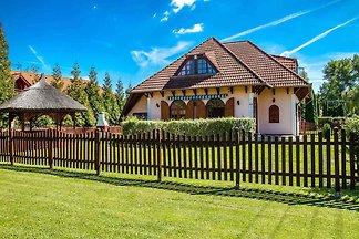 Ferienhaus con giardino