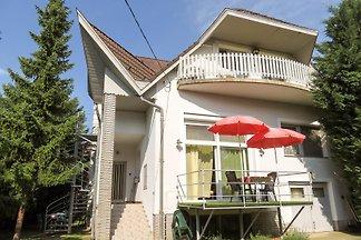 Apartament Dla rodzin Balatgonszarszo
