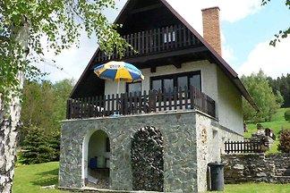 Ferienhaus am Wald mit Kaminofen und Billard