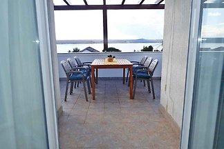 Ferienwohnung mit Balkon und Meersicht