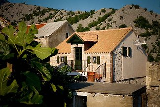 Ferienhaus am Eingang zum Paklenica National