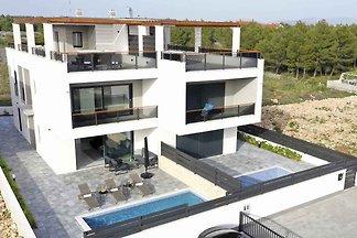 Villa moderne Luxury Villa in Srima