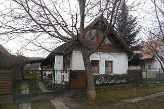 Ferienhaus mit rustikale Einrichtung