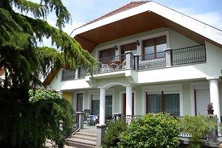 Ferienwohnung mit Terrasse in Zentrumnähe